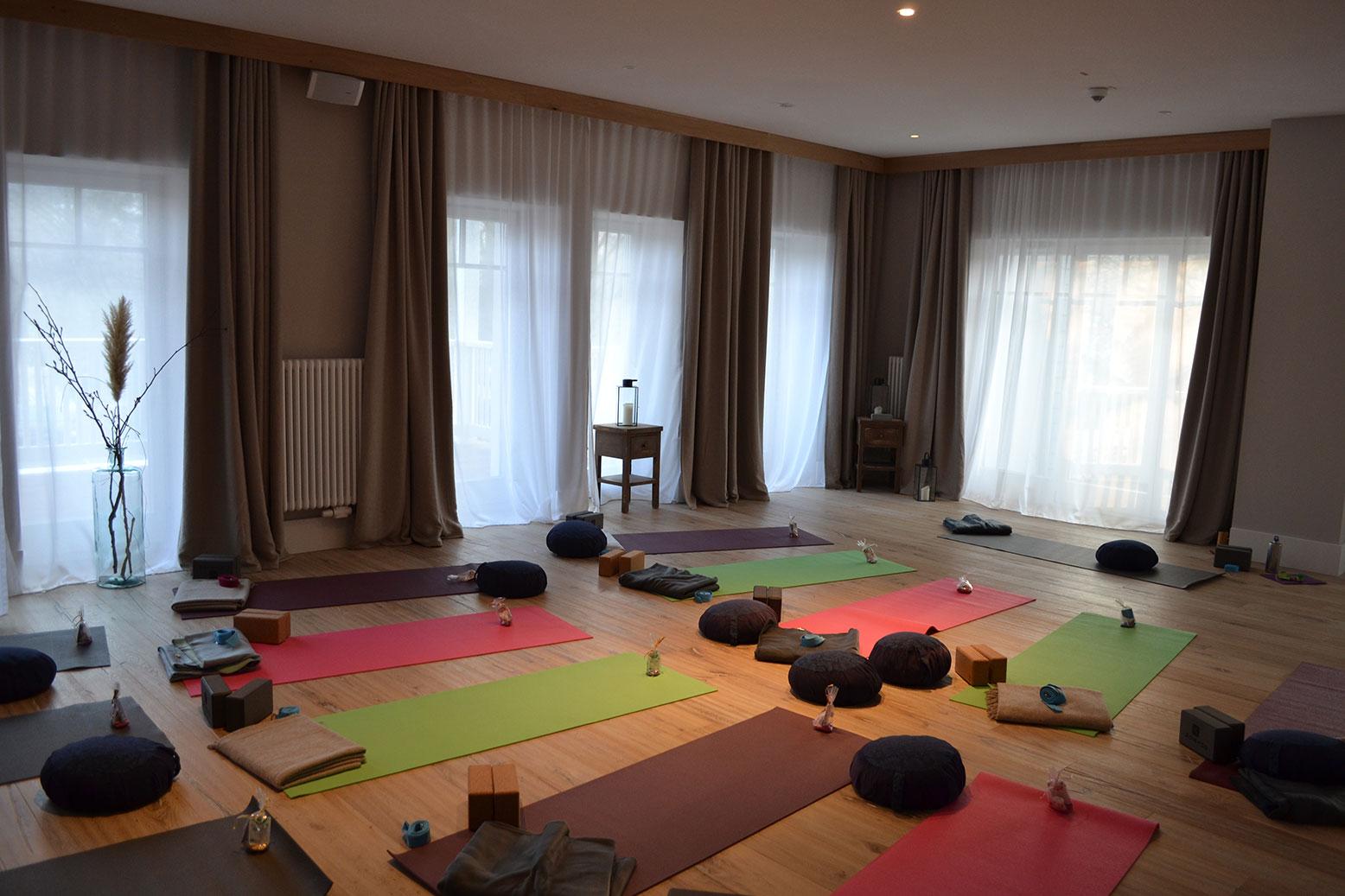 easy-living yogaraum2